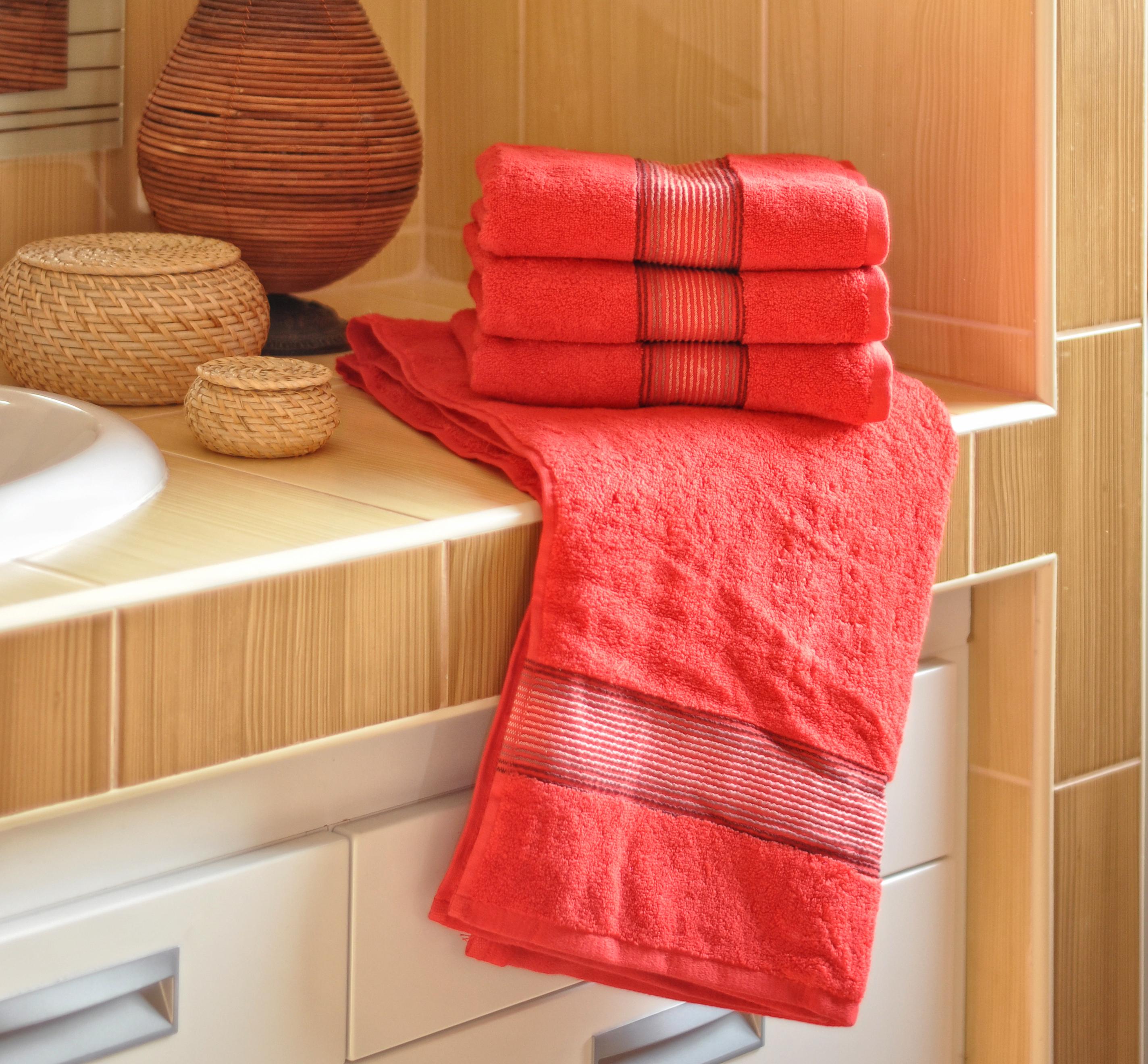 Luxusní Froté ručník  DITA 50x100 cm - ČERVENÝ