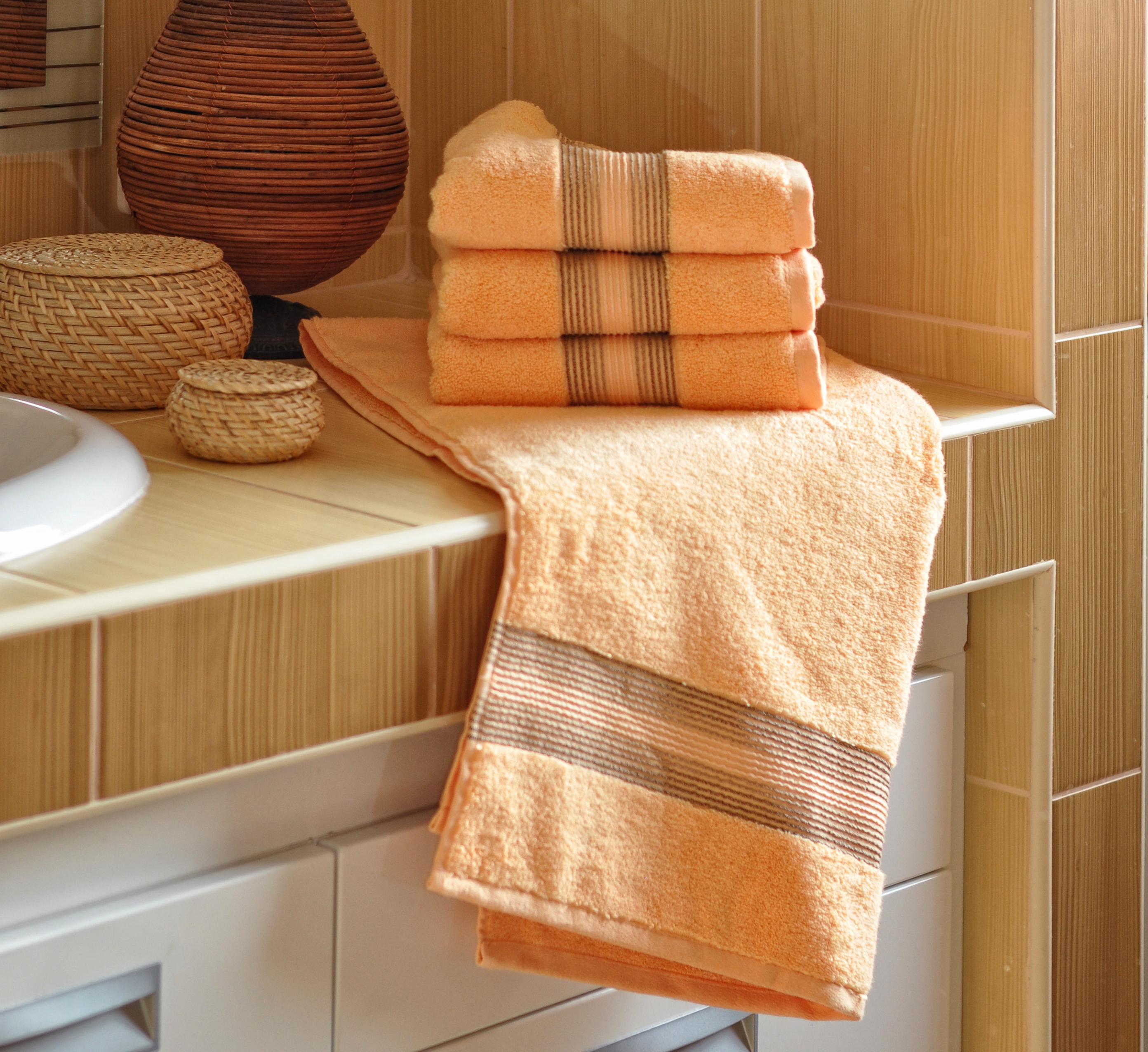 Luxusní Froté ručník  DITA 50x100 cm - LOSOSOVÝ