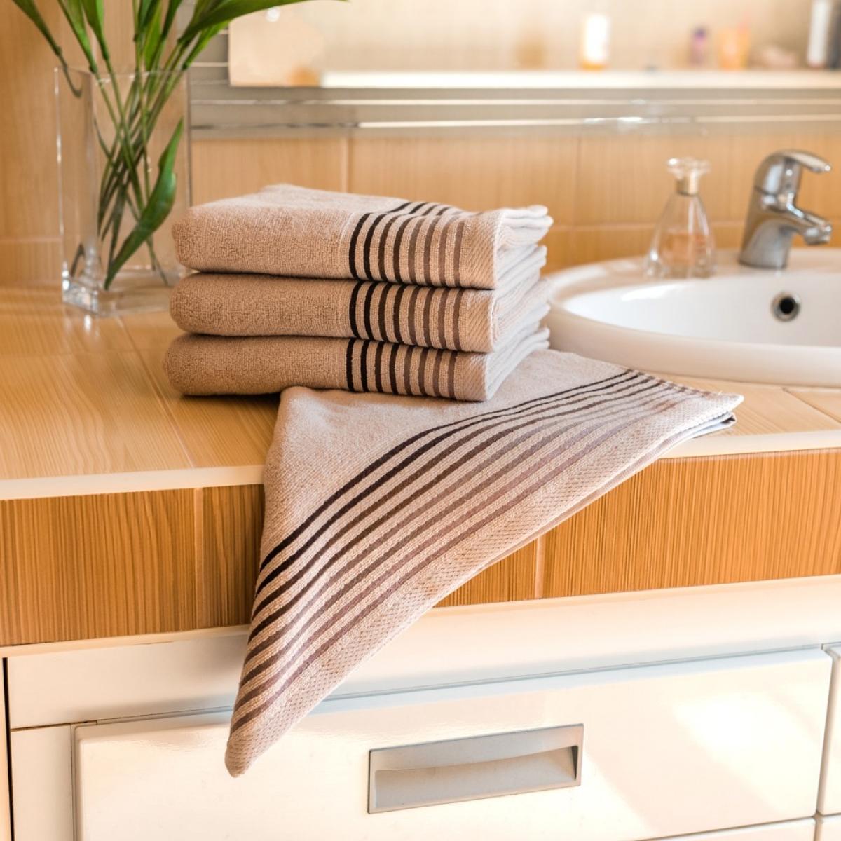 Luxusní Froté  ručník  Katka 50x100 cm - beige