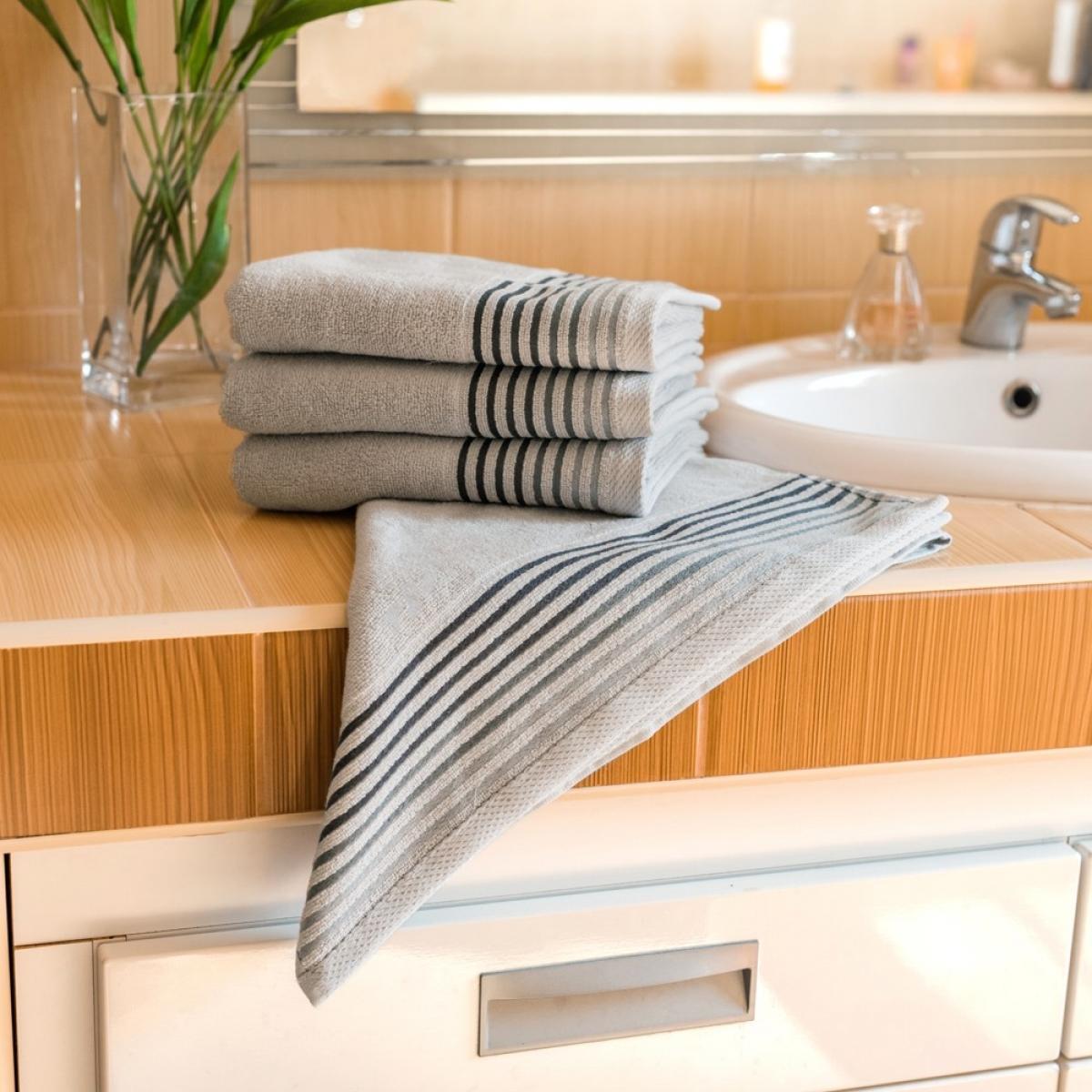 Luxusní Froté ručník  Katka 50x100 cm - grey