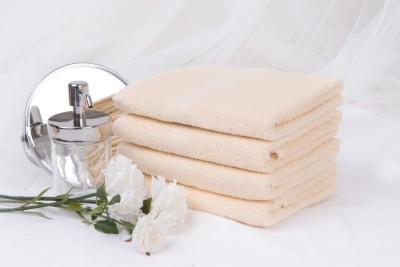Froté ručník SPRING 50x90 cm - vanilkový