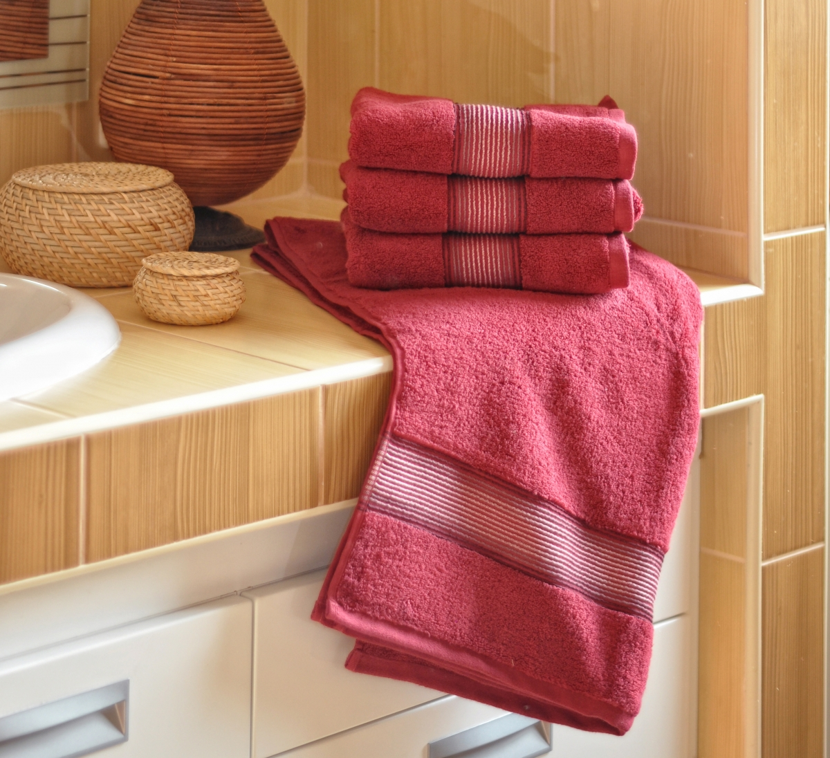Luxusní Froté ručník  DITA 50x100 cm - VÍNOVÁ